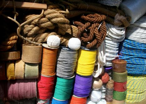 string shop
